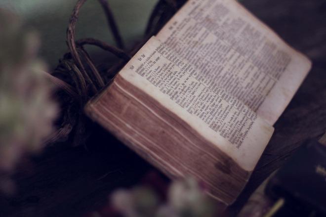 book-1210029_1280