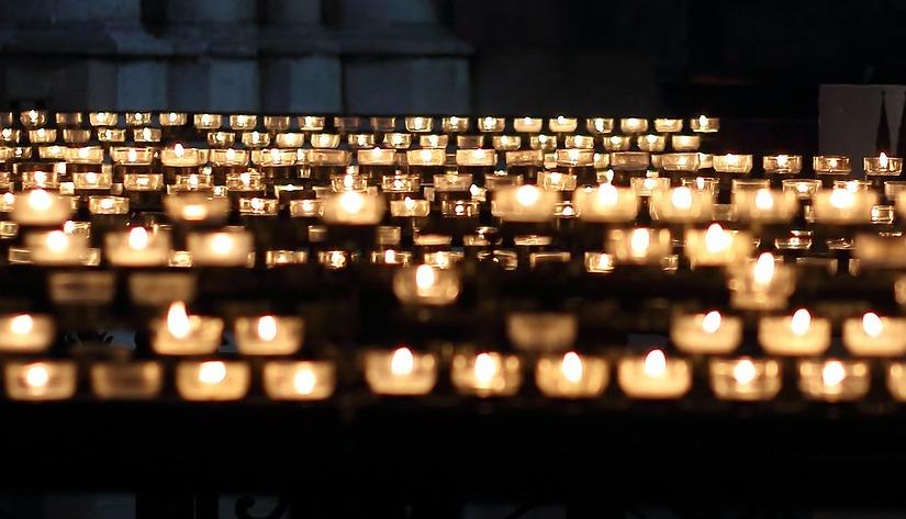 Von Familientreffen, Beerdigungen und Ahnenforschern   /  From family reunions, funerals andgenealogists