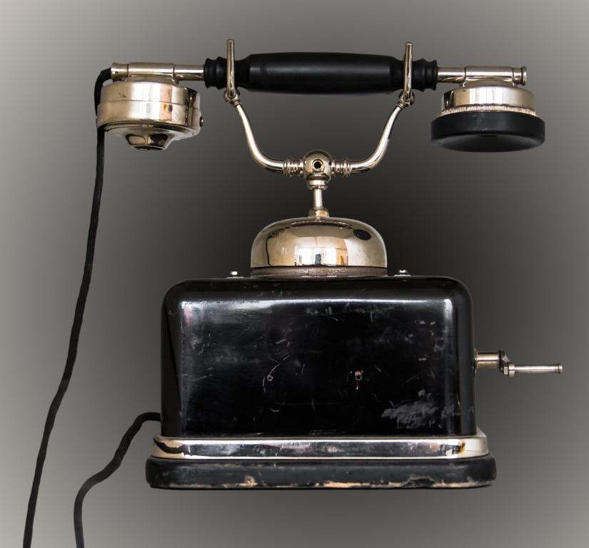 Als die Telefonnummern  unserer Gross- oder Urgrosseltern noch drei- oder vierstellig waren!     /     As the telephone numbers of our grandparents or great-grandparents were still three or fourdigits!