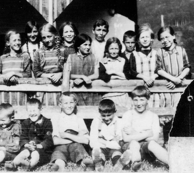 walter-immoos-1919-golfkeddy-1929-vorne-2-v-r