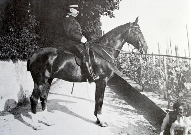 ulrich_wille_zu_pferd