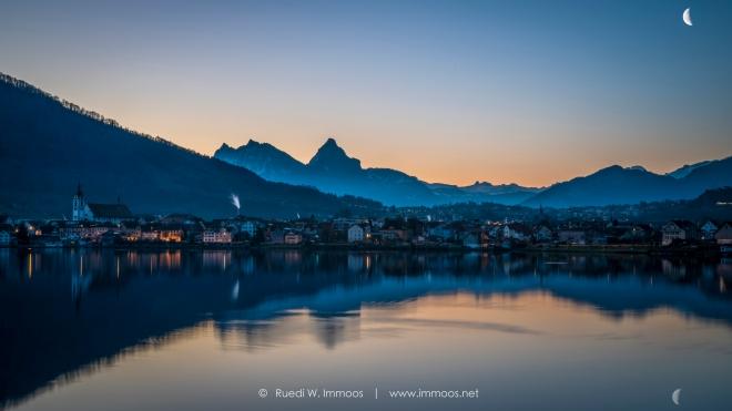 Arth-am-See-vor-sonnenaufgang-Mondsichel_DSC9622-Signet-web