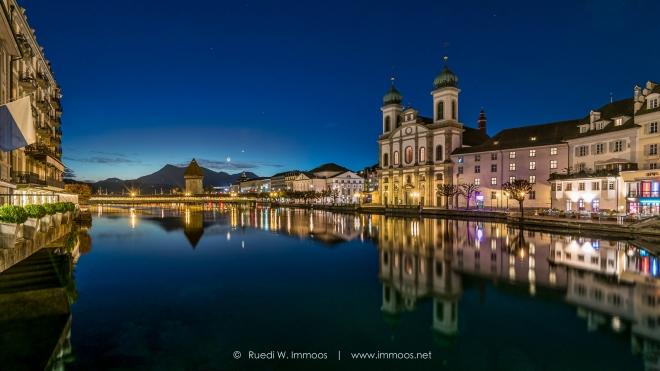 Luzern-Reussaufwärts-Jesuitenkirche-Skyline_DSC2100-Signet-web